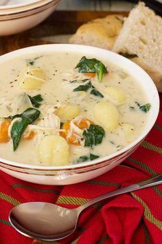Crockpot chicken gnocchi soup - Olive Garden copycat!