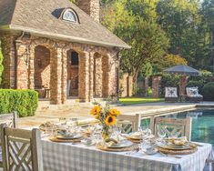 Southern Ladies, Enjoy Summer, Tablescapes, Floral Arrangements, Gazebo, Outdoor Structures, Entertaining, Mansions, House Styles