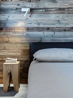 View the full picture gallery of MB House Chalet Design, Decoration Design, Wabi Sabi, Houzz, Nightstand, Interior Design, Bedroom, Gallery, Table