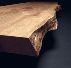Baumtisch / Esstisch unverleimt aus einem Stück Zedern-Holz | Holzwerk-Hamburg
