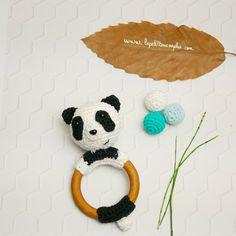 Hochet en bois Panda 100% coton crochet fait main- Anneau de dentition en bois