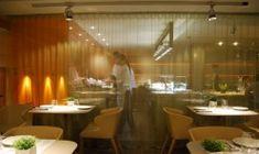 Iluminación de restaurante. Sala Comedor. Espai Kru. Sanchez Guisado Arquitectos