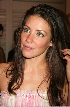 Prettiest Actresses, Beautiful Actresses, Hot Actresses, Actresses With Black Hair, Nicole Evangeline Lilly, Canadian Actresses, Celebrity Crush, Beautiful Women, Photos