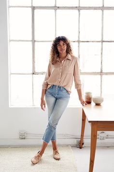 Simple linen basics that will redefine the essentials in your wardrobe to become your new uniform. These nursing friendly classic women's pieces are sustainably made in Los Angeles. Ethical Fashion, Breastfeeding, Pregnancy, Silk, Long Sleeve, How To Make, Shopping, Collection, Tops