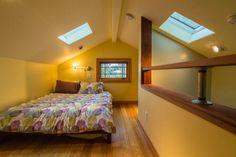 susans tiny cottage studio loft 005   Womans 469 Sq. Ft. Tiny Cottage Studio with Loft
