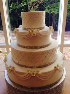baking grounds wedding cakes rustic country burlap cake by the baking grounds bakery 11041