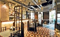 Dishoom Shoreditch keeps traditional Bombay cafe culture alive Top 10 Restaurants, London Restaurants, Shoreditch House, London City Guide, Dishoom, Tens Place, Asian Garden, Covent Garden, East London