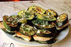 Gegrillte Zucchini mit Puten-Minutensteak und Hirtenkäse 1