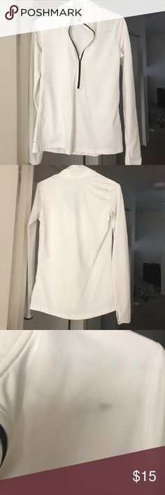 Nike pro dri-fit white pullover Brand new no tags, a smug from storage. A tiny hole, honestly don't know how I've never worn it 😂 Nike Tops Sweatshirts & Hoodies