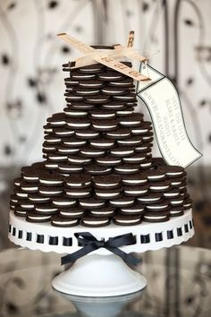 DIY Oreo Cookie Wedding Cake In A Jar + Even More Oreo Desserts For Your Big Day -Beau-coup Blog