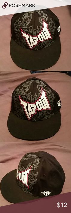TapOut Hat TapOut Snapback Hat. Condition is very clean with no signs on wear at all. (See pictures)  ALL REASONABLE OFFERS ACCEPTED! Accessories Hats