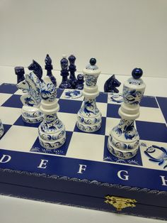 Chess Squares, Chess Tactics, Chess Moves, Chess Strategies, What's My Aesthetic, Chess Set Unique, Mind Games, Weekend Projects, Chess Pieces