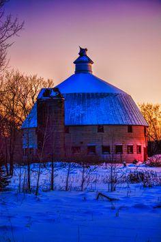 Cambridge Round Barn by Brad Gross