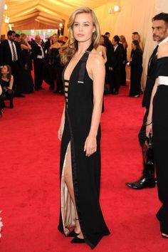 Best Dressed Celebrities at the MET Ball 2014 - Metropolita Museum of Art Gala 2014 Fashion Photos - Elle