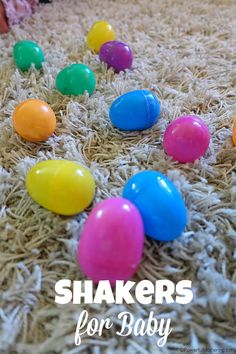 Make these quick shakers for your baby to enjoy! DIY toys at their best :D Great for fine motor skills and hand eye coordination as well as sound exploring.
