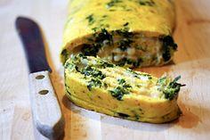 Receita SAUDÁVEL DE OMELETE DE ESPINAFRE  Veja mais em http://www.comofazer.org/culinaria/receita-saudavel-de-omelete-de-espinafre/