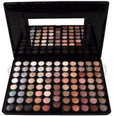 ebay !! everybody need a 10$ make-up palette