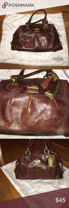 Authentic Coach handbag Super cute mini bag. Authentic Coach, serial number shown. Great condition. Comes with original dust bag. Coach Bags Mini Bags