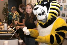 Google Image Result for http://foundation.fhsu.edu/news/images/DPP07DB0B150F1E14web.jpg
