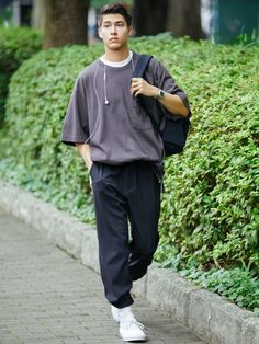 Nike Fashion, Streetwear Fashion, Fashion Outfits, Streetwear Men, Fashion Goth, Street Casual Men, Men Casual, Uniqlo Style, Teenager Mode