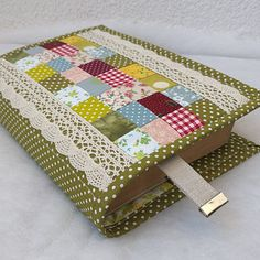 Patch Aplique, Journal Covers, Fabric Covered, Album Covers, Fabric Crafts, Sewing Projects, Patches, Scrapbook, Crafty