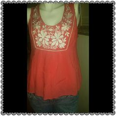 Boho Coachella Vibes 💋✌🏻🎼🎊 Lovely coral top with white floral detailing. Has a zipper on the side. Has slight worn spot under the arm  and can be seen in the last photo. 21 inches in length down the middle of back. inseam from under armpit to bottom of top 14 inches in length. 18.5 across the mid back from armpit to armpit. Make an offer. twentyone Tops Tank Tops