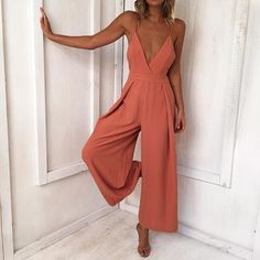 Lady Backless Long Jumpsuits Women Solid Back Bow Flare Leg Playsuit V-neck Sexy Beach Loose Jumpsuit Backless Jumpsuit, Jumpsuit Outfit, Casual Jumpsuit, Summer Jumpsuit, Elegant Jumpsuit, Tailored Jumpsuit, Black Jumpsuit, Romper Suit, Summer Romper