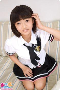 Japanese School Uniform Girl, School Uniform Girls, Girls Uniforms, School Uniforms, Asian Kids, Cute Asian Girls, Cute Girls, Girly, Cute Girl Outfits
