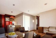Urban K – Un proyecto de A KORN ARQUITECTOS Korn, Conference Room, Table, Furniture, Home Decor, Apartments, Architects, Buildings, Decoration Home