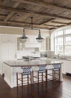 Greenwich, CT Pied-a-terre Kitchen by S.B. Long Interiors