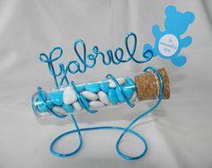 Eprouvette à dragées avec support Prénom en fil aluminium Turquoise pour baptême Garçon SANS DRAGEES