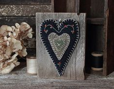 Primitive Folk Art Wool Applique Heart Barn by rockriverstitches Wool Applique Patterns, Felt Patterns, Felt Applique, Embroidery Patterns, Primitive Quilts, Primitive Folk Art, Primitive Crafts, Penny Rugs, Wooly Bully