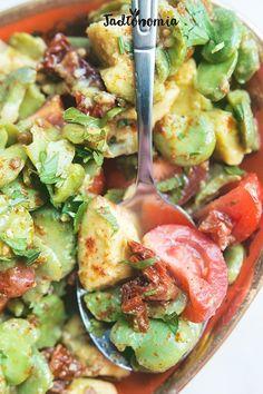 Mistrzowska sałatka z bobu i awokado » Jadłonomia · wegańskie przepisy nie tylko dla wegan