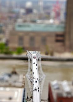 No, these aren't photos of a model toy set but photographer Richard Silver's wonderfully whimsical Tilt Shift photography. Tilt Shift Photography, London Photography, Travel Photography, Tilt Shift Photos, Creative Landscape, London England, England Uk, Little Island, A Day In Life