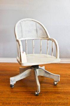 Los Angeles: Vintage Style Swivel Desk Chair $75 - http://furnishlyst.com/listings/203525