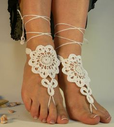 Ivory Flower Crochet Bridal Barefoot Sandal Feet Jewelry.Great for beach wedding summer slave sandals foot jewelry resort wear, nude shoes, Foot jewelry, Bridal, Lace, Sexy, Yoga, Anklet /$15.99