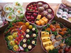 **小学生女子の運動会弁当** | Happy Lunch Box by Mion Bento Recipes, Lunch Box Recipes, Cooking Recipes, Lunch Ideas, Snack Boxes Healthy, Yummy Snacks, Food To Go, Food And Drink, Bento Box Lunch