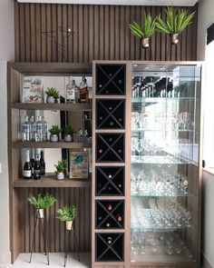 Wooden wine cellar: tips, suggestions and ideas for storing .- Adega de madeira: dicas, sugestões e ideias para guardar as bebidas Wooden cellar: tips, suggestions and ideas for storing drinks -