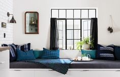 Window Seat Ideas That Are Romantic Yet Practical | Apartment Therapy