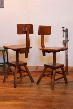 Pair of Sit-Rite chairs.