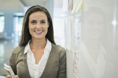 Learn What the Best Outfits Are for Job Interviews: Best Job Interview Hairstyles
