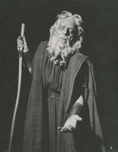 Alexis Minotis (1898-1990) was a distinguished actor, first appearing on stage as Chorus Leader in Sophocles' Oedipus Tyrannus.He worked with M. Kotopouli appearing in great Shakespearan roles,The Merchant of Venice, King Lear, Macbeth He directed ancient tragedies such as Antigone.Married to K.Paxinou  appeared at the Royal Theatre in Athens which they founded. He also directed the Greek National Opera production of Norma with Callas in Epidaurus in 1961.