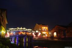 Photos: Hoi An's beauty at night  VietNamNet Bridge – The ancient town of Hoi An has been honored by a prestigious US travel site as one of the top 20 places in the world. When the night falls, the town has a very different beauty.   Vietnam Tour Expert Help: www.24htour.com Halong Bay Cruises Tour  Expert Help: www.halongcruises.com.au  #24htour  #‎vietnamtravelnews‬ ‪#‎vietnamnews‬ ‪#‎traveltovietnam‬ ‪#‎vietnamtravel‬ ‪#‎vietnamtour�
