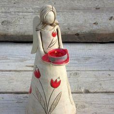 Keramický anděl světlonoš Ceramic Angels, Ceramic Birds, Ceramic Clay, Paper Clay Art, Clay Wall Art, Pottery Gifts, Handmade Pottery, Pottery Sculpture, Sculpture Clay