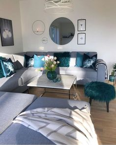 65 Ideas For Formal Living Room Furniture Layout Blue Teal Living Rooms, Decor Home Living Room, Living Room Furniture Layout, Living Room Designs, Home Decor, First Apartment Decorating, Living Room Inspiration, Apartment Living, Room Ideas