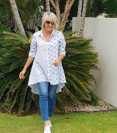 """eed9235f8b Regram  istyl in our Hi-Lo Spot Linen Shirt - we love the dramatic dipped  back hem and pretty blue spots - And you can wear…"""" Rodney Clark"""