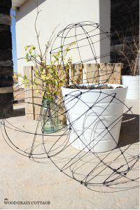 como-hacer-esferas-de-alambre-para-el-jardin-11