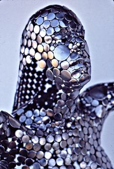 Artist Stephen Fitz-Gerald uses scavenged scrap metal to create these wonderful figurative sculptures