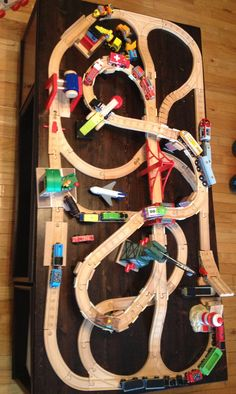 Wooden train track design Thomas Wooden Train Set, Thomas Train, Ikea Train, Train Table, Indoor Activities For Kids, Toy Rooms, Train Layouts, Train Tracks, Classic Toys