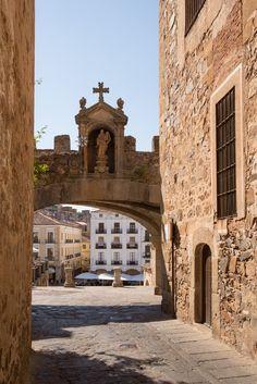Si visitas Cáceres no dejes de hacer la Ruta Turística de Isabel en Extremadura
